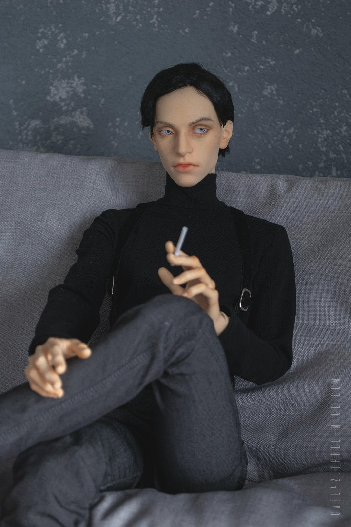 Mark Karlsson. Cafe 42 | BJD, LLT Isidore
