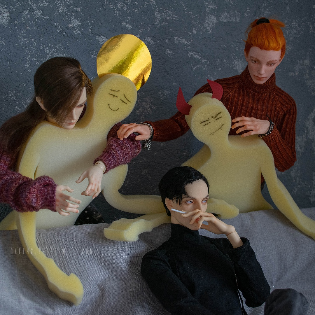 Invisible friends of Mark Karlsson. Cafe 42 | BJD, LLT Isidore, Pygmalion Robin, Kana doll Mars